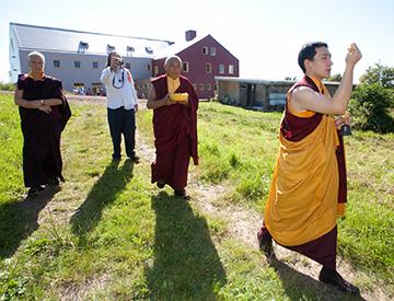 HH Gyalwa Karmapa Thaye Dorje blesses the Dharma Center Möhra